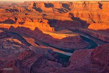 Canyonlands,Dead Horse overlook,sunrise,goosenecks,Colorado river