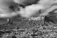 Monument Valley,Brigham's Tomb,King-on-his-Throne,Stagecoach