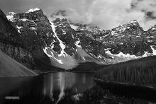 Moraine Lake, Banff NP, Alberta