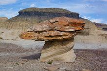 Bisti Badlands, hoodoo, mushroom shape