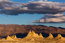 Trona Pinnacles, tufa