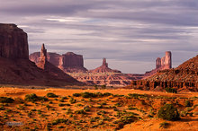 Monument Valley,Sentinel Mesa,Big Indian