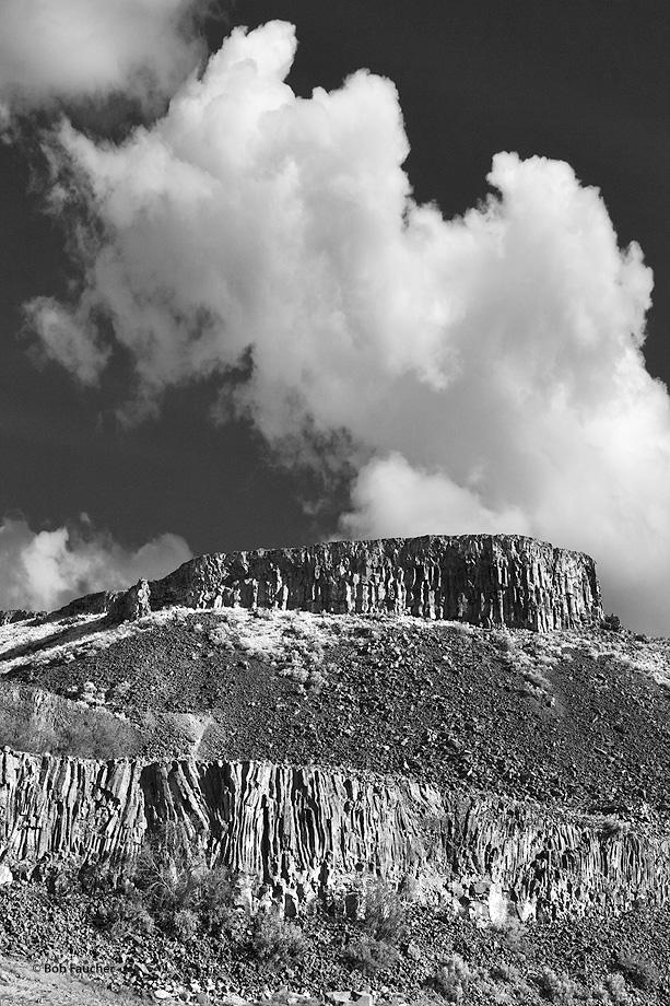 Palisades,Billingsly Ranch,Basalt columns,Beezley Hills, photo