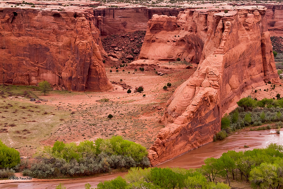 Canyon de Chelly,Tsegi overlook,morning,Blade Rock, photo