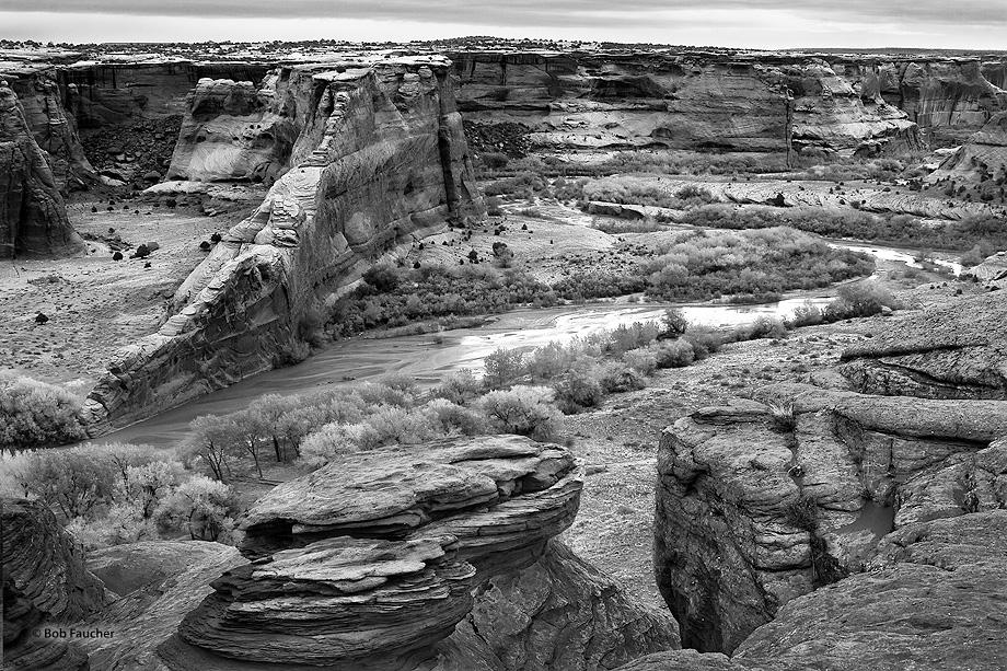 Canyon de Chelly,Blade Rock,Tsegi Overlook,Chinle Wash, photo