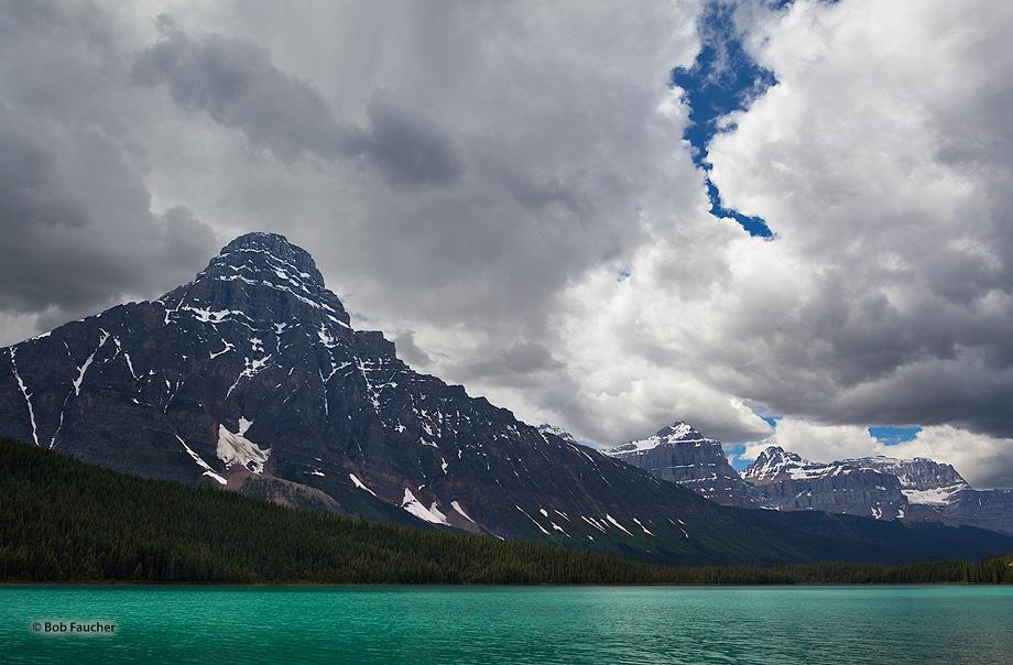 Caldron Peak rises to 10k feet above Peyto Lake