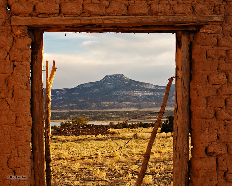 New Mexico,Ghost Ranch,Cerro Pedernal,Abiquiu, photo