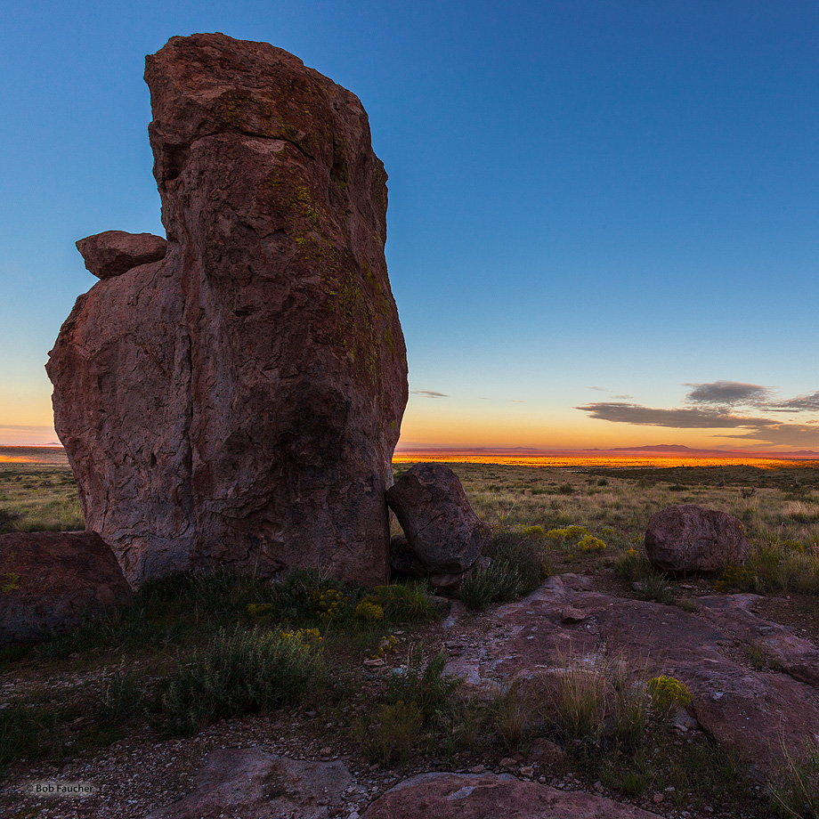 City of Rocks SP,sunrise,desert,boulders, photo