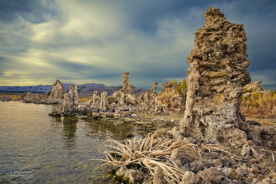 Mono Lake,sunrise,tufa, photo