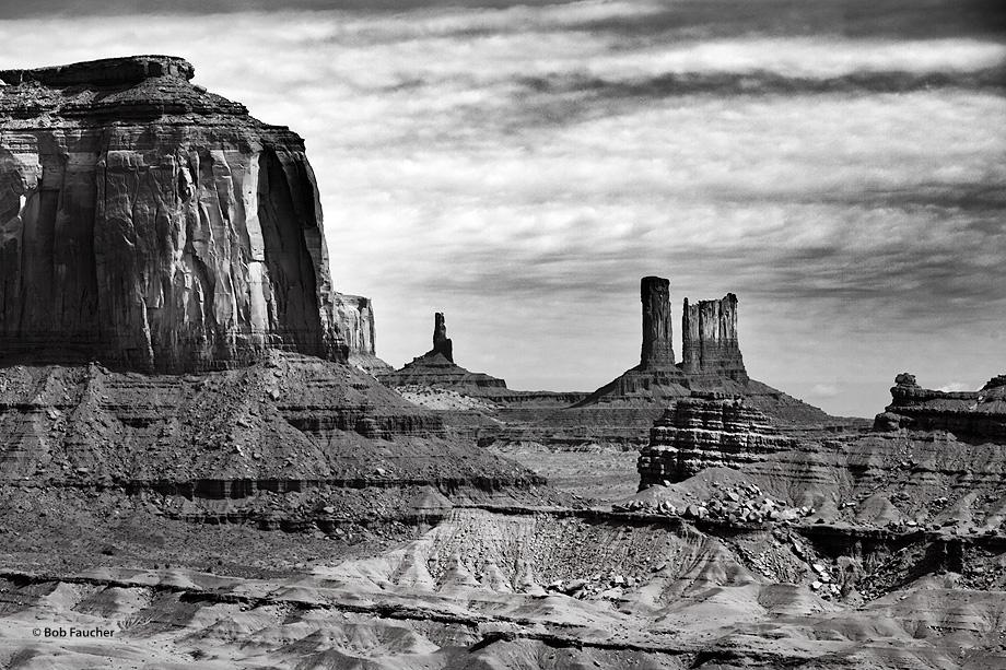 Monument Valley,Merrick Butte,Big Indian,Castle Butte, photo