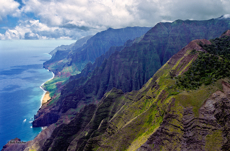 The pali, or cliffs, provide a rugged grandeur of deep, narrow valleys ending abruptly at the sea