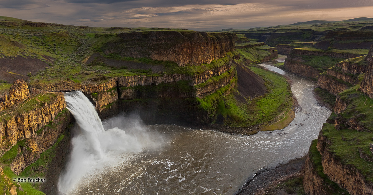 Palouse Falls, Palouse Canyon, Columbia River Plateau, photo