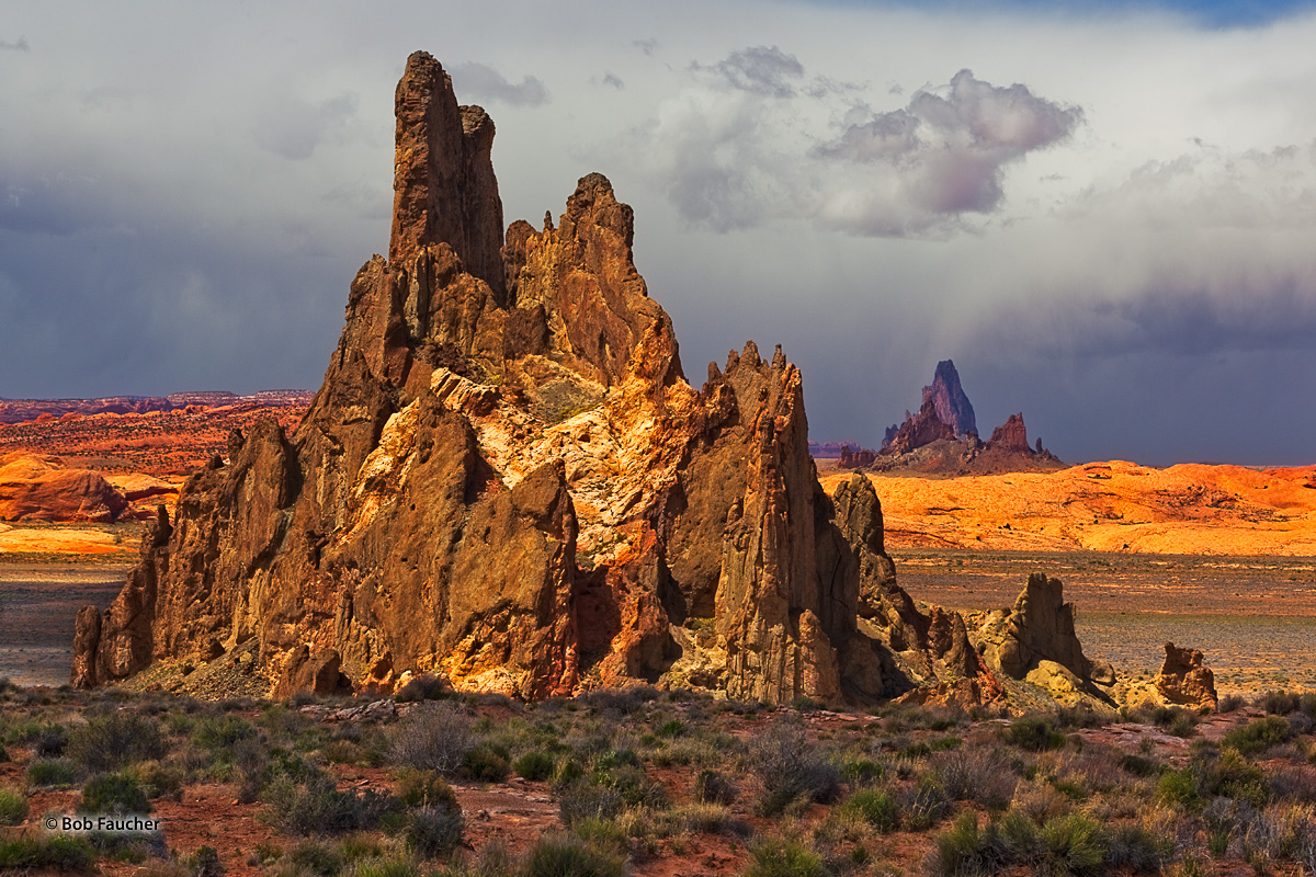 Church Rock, Navajo Nation, Agathla Peak, photo
