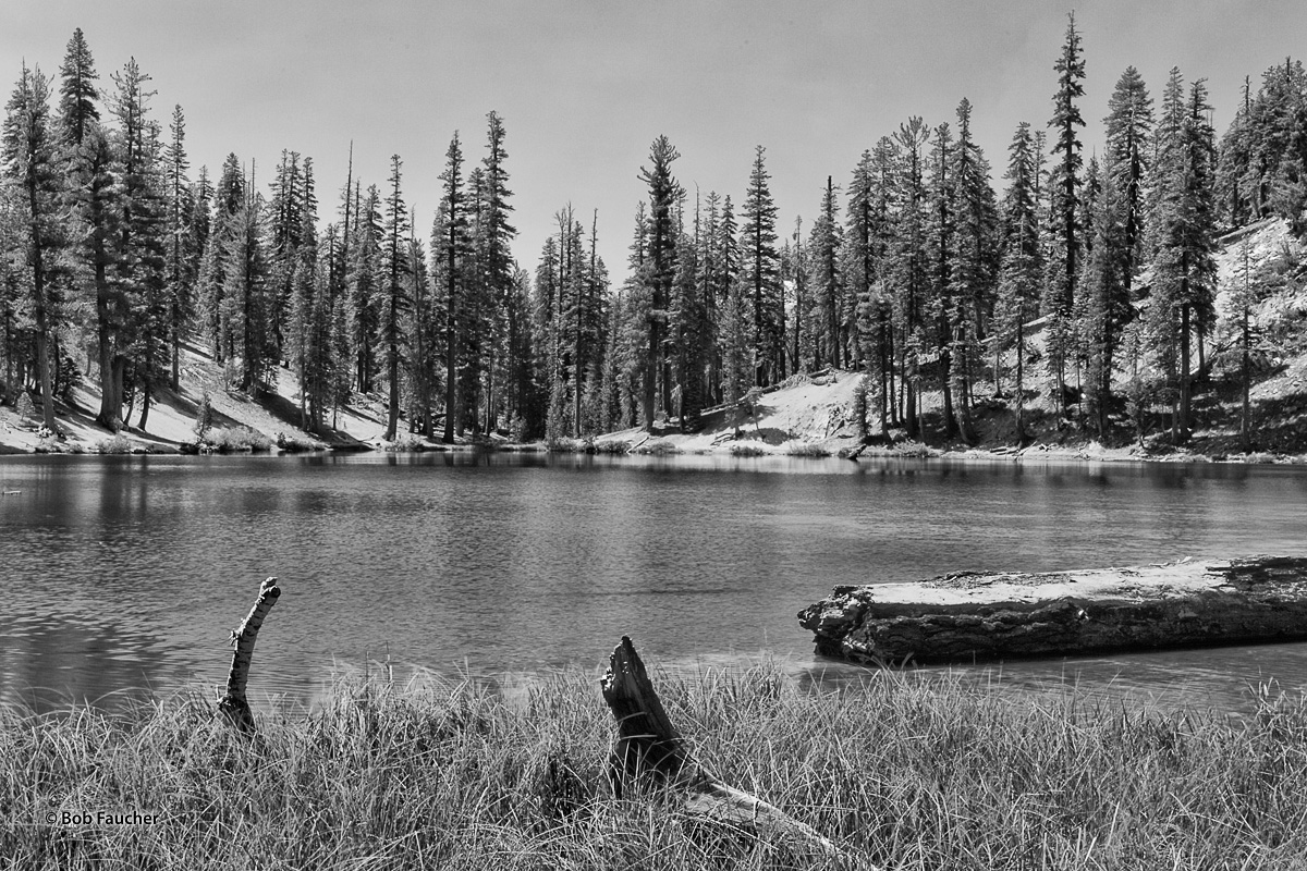 Despite its foreboding name, Starkweather Lake in Devil's Postpile NM was peaceful and calm under cloudless skies