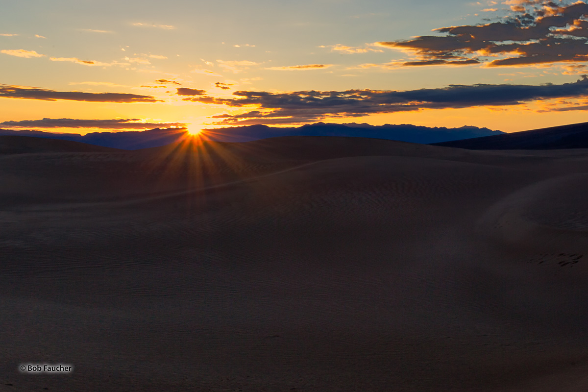 Death Valley, Mesquite Flat Sand Dunes, Amargosa Range, Sunrise, photo