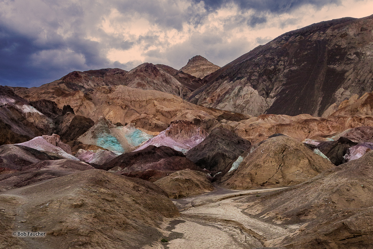 Artist Drive rises up to the top of an alluvial fan fed by a deep canyon cut into the Black Mountains. Artist Palette is an area...