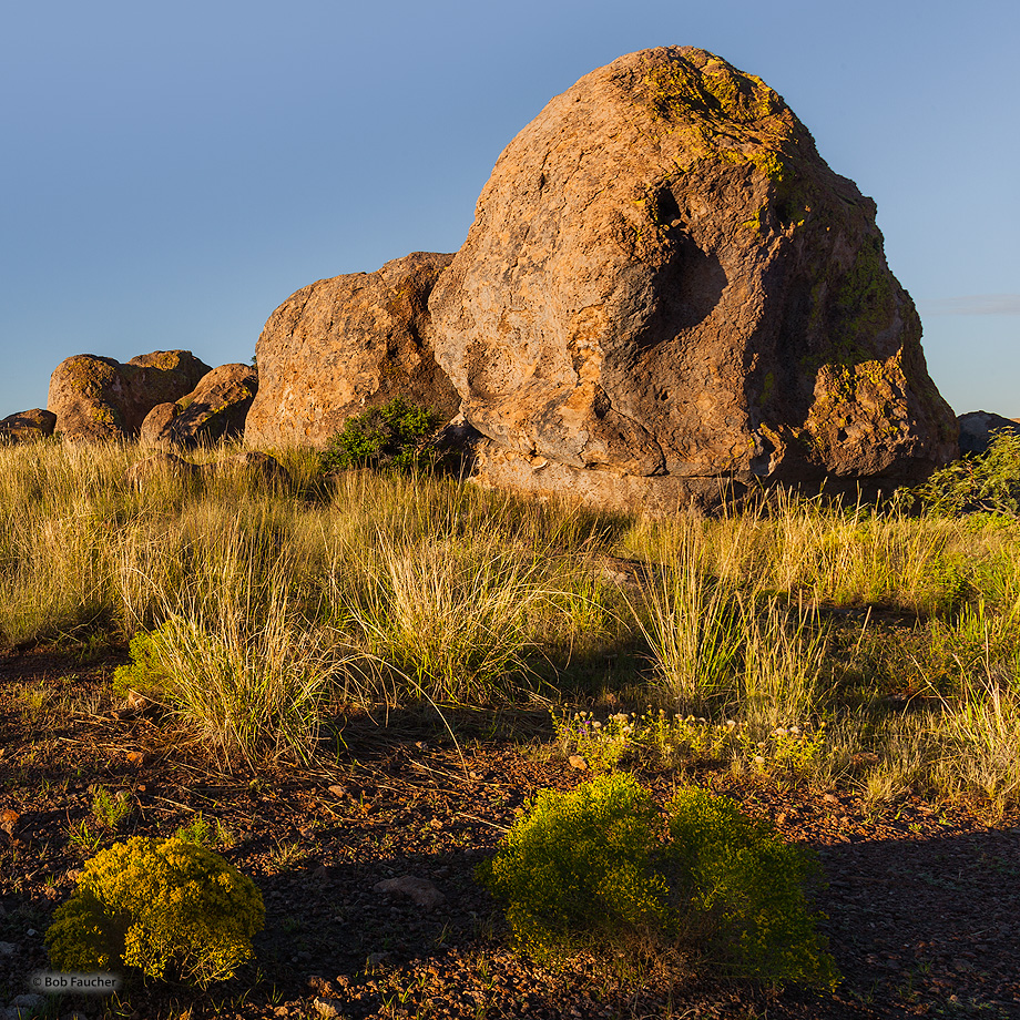 City of Rocks SP,sunrise,boulders,desert, photo