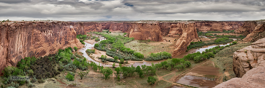 Canyon de Chelly,Tsegi overlook,morning; Chinle Wash, photo