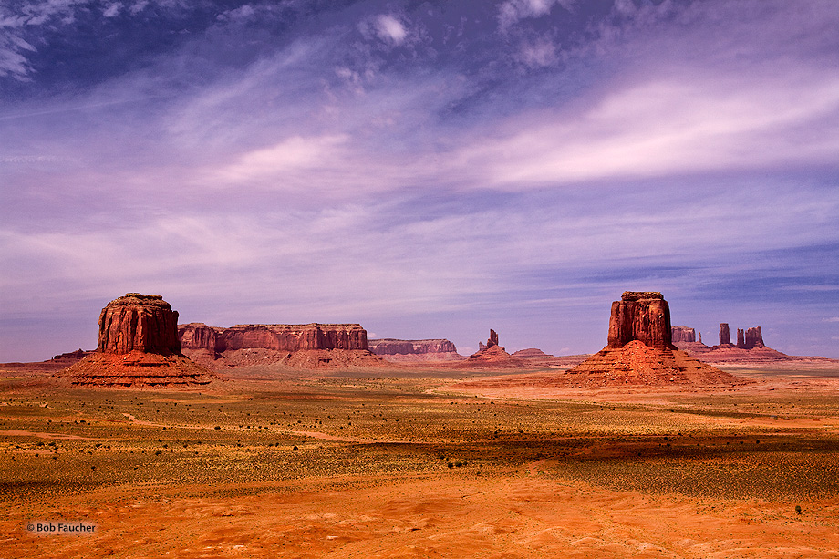 Monument Valley,Merrick Butte,Big Indian,East Mitten,Castle Rock,Stagecoach,clouds, photo