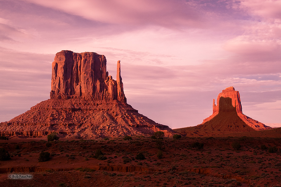 Monument Valley,Mitten Butes,Merrick Butte,clouds,evening,March/September 12-13, photo